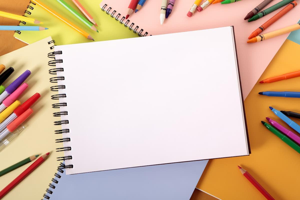白紙のスケッチブック